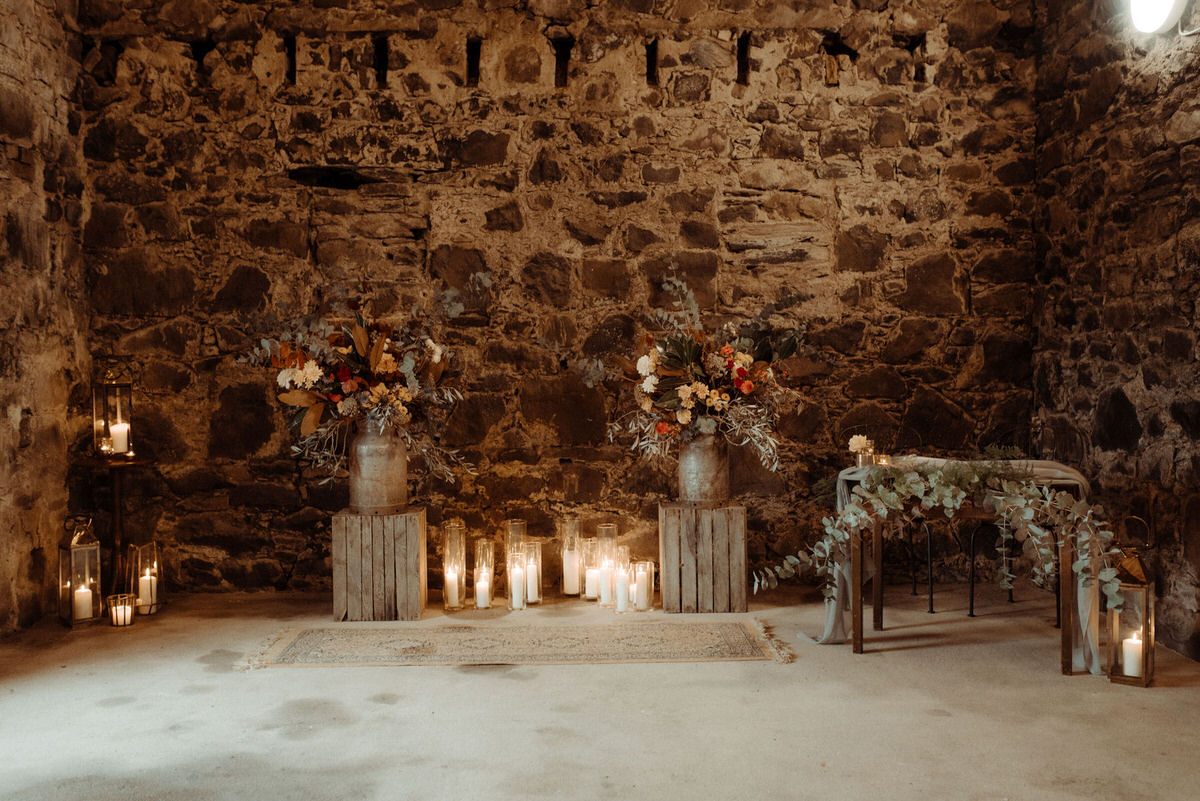 Ceremony for romantic Autumnal Crear wedding