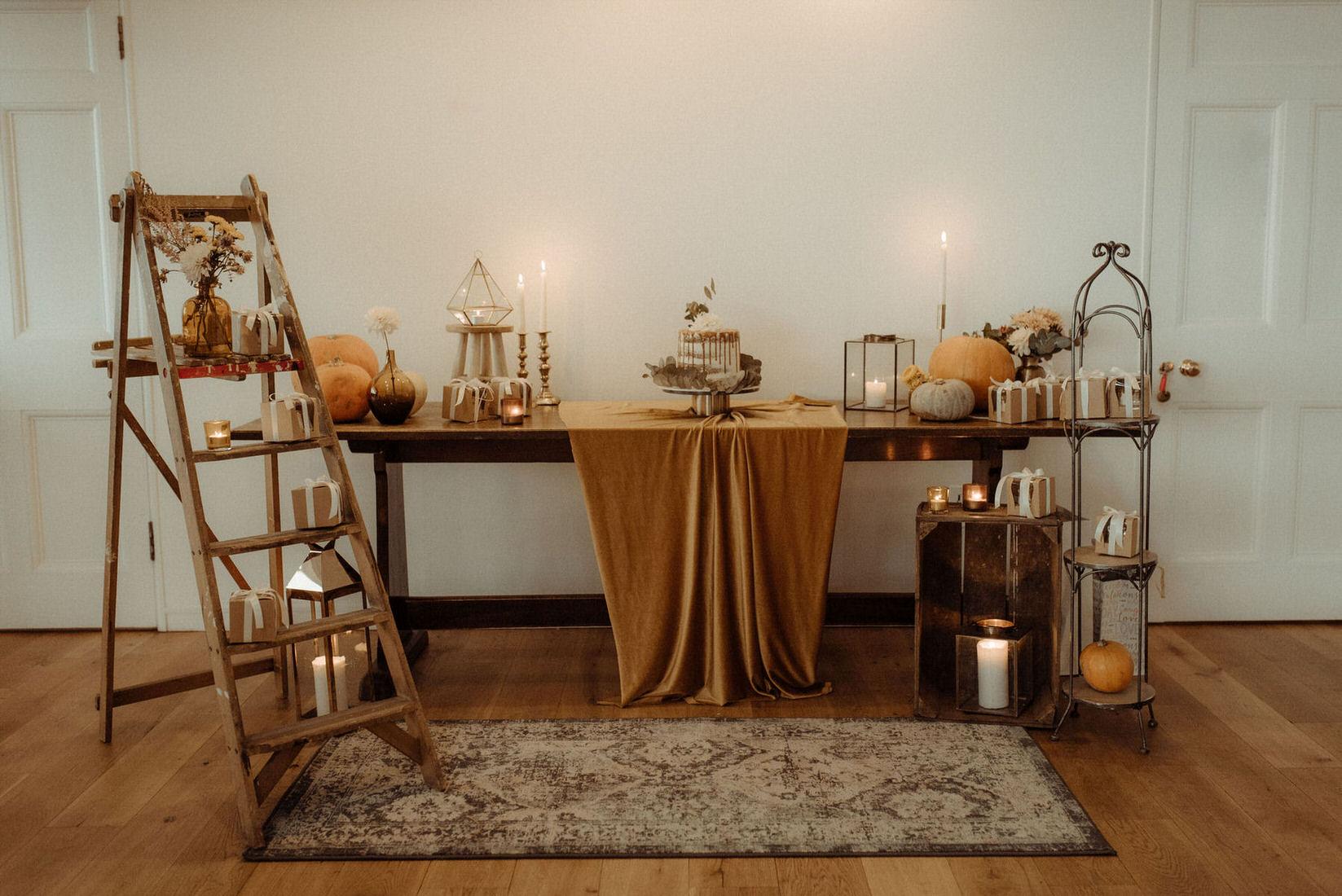 Autumnal romantic Scottish wedding cake table styling