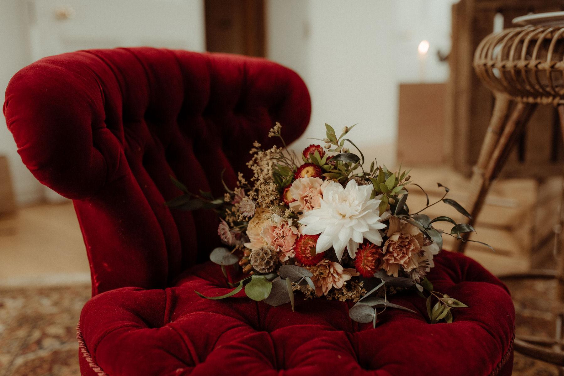 Wedding seating nook