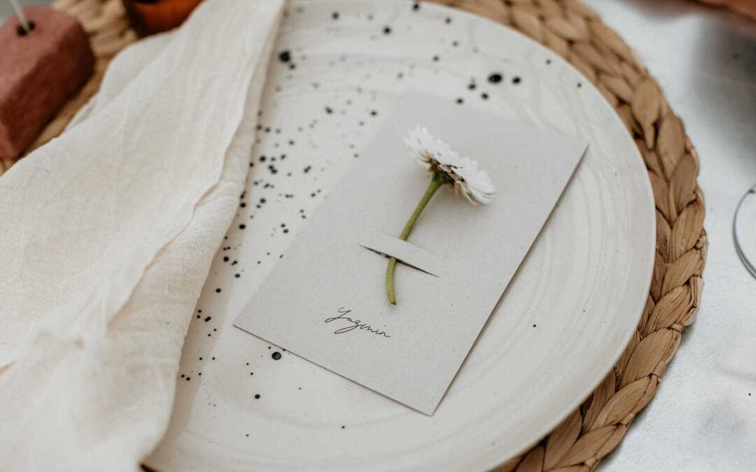 5 of our favourite unique wedding place settings